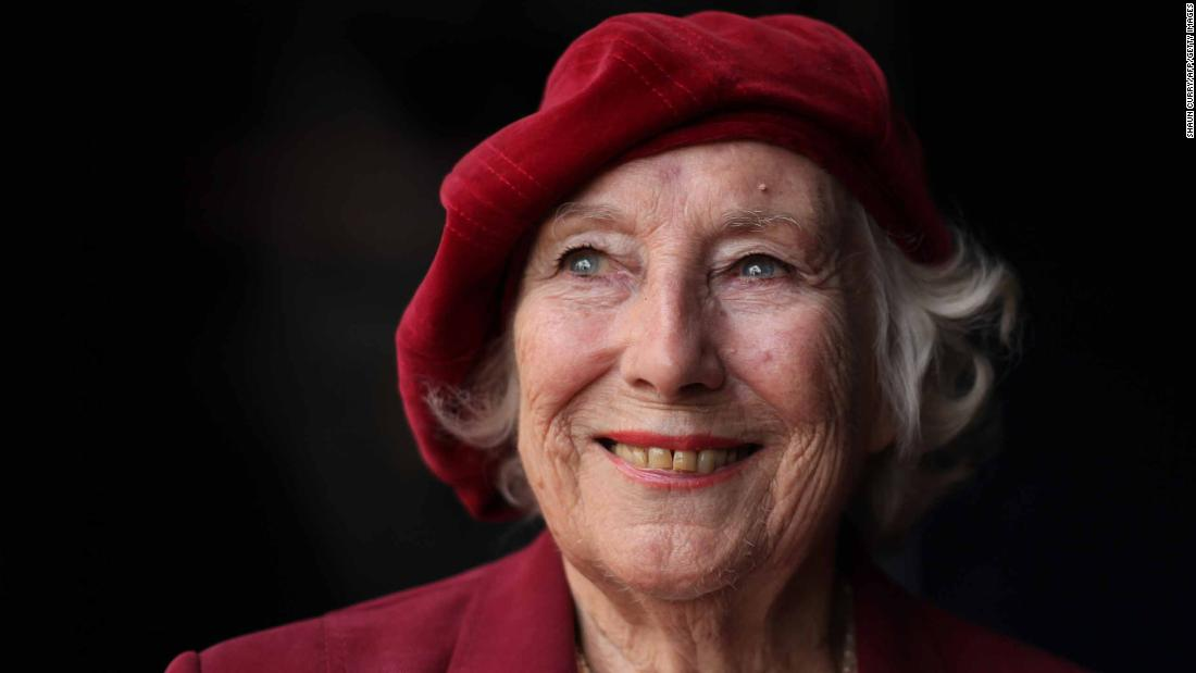 Forces' Sweetheart Dame Vera Lynn in central London, on October 22, 2009.