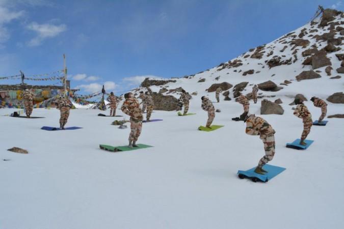 India China border itbp yoga