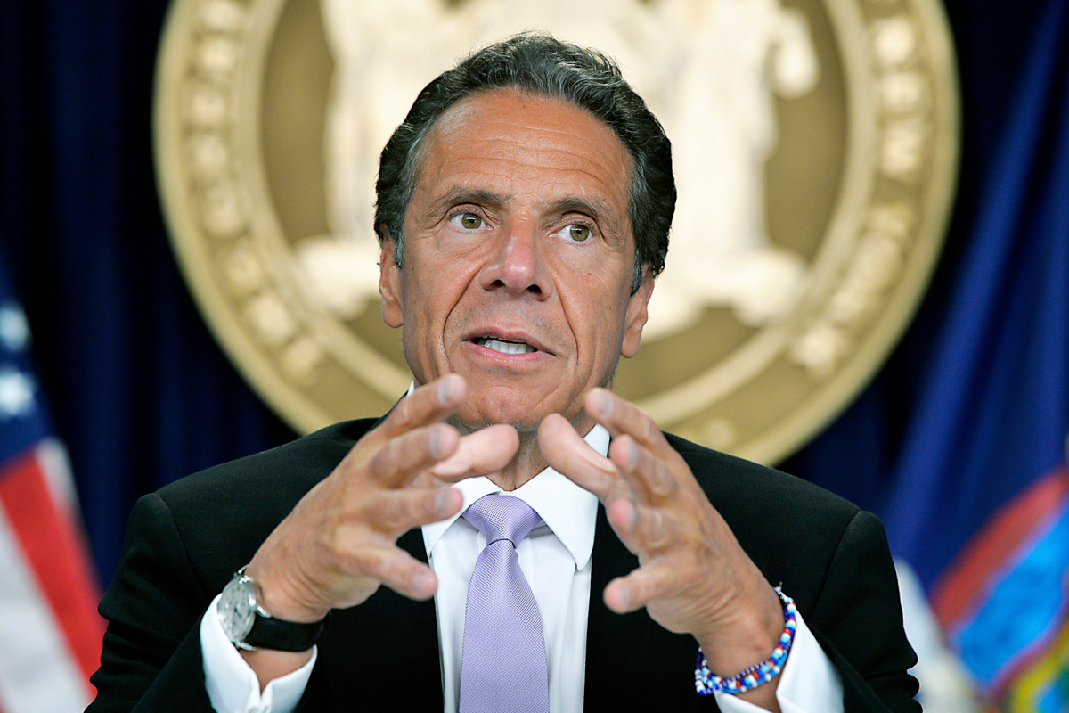 Gov. Cuomo complains of 'political heat' over nursing home deaths