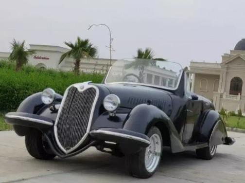 Classic car replica