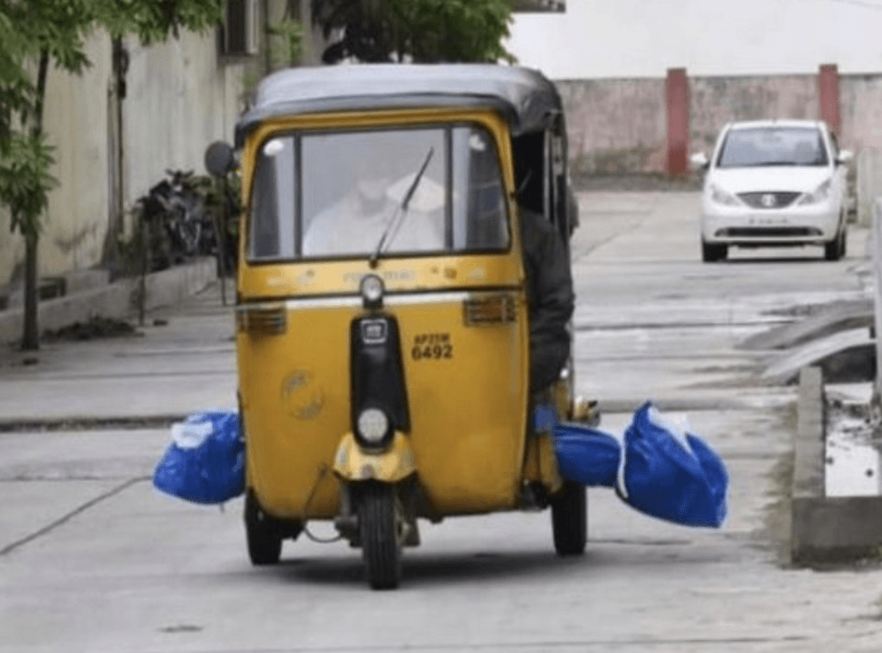 In Telangana, dead body moved in auto rickshaw; no ambulance for COVID positive deceased