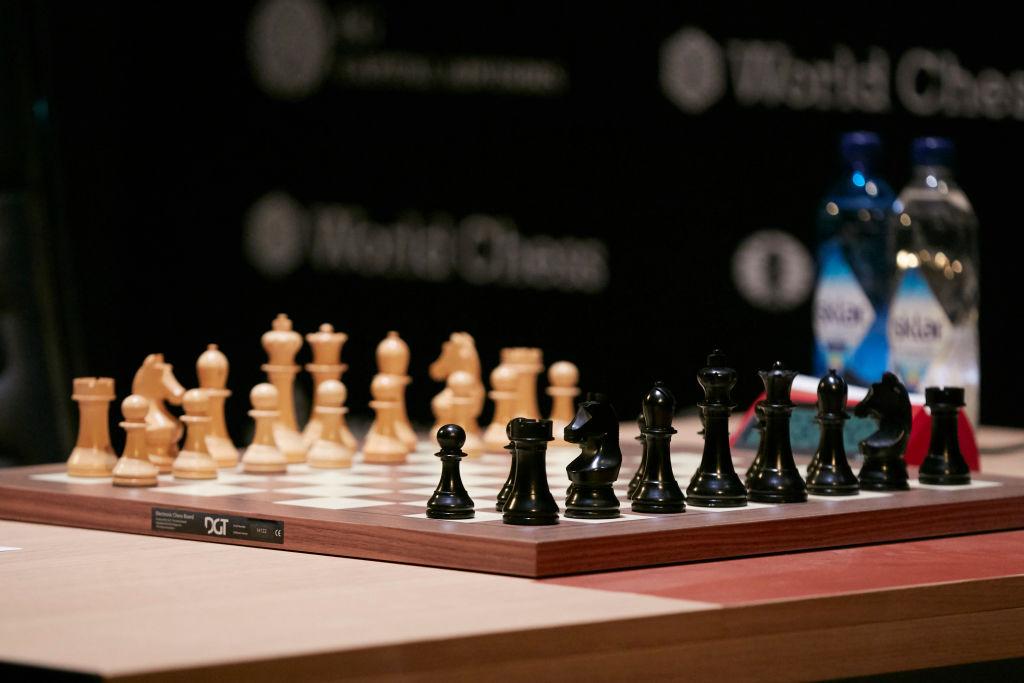 R Vaishali Chess