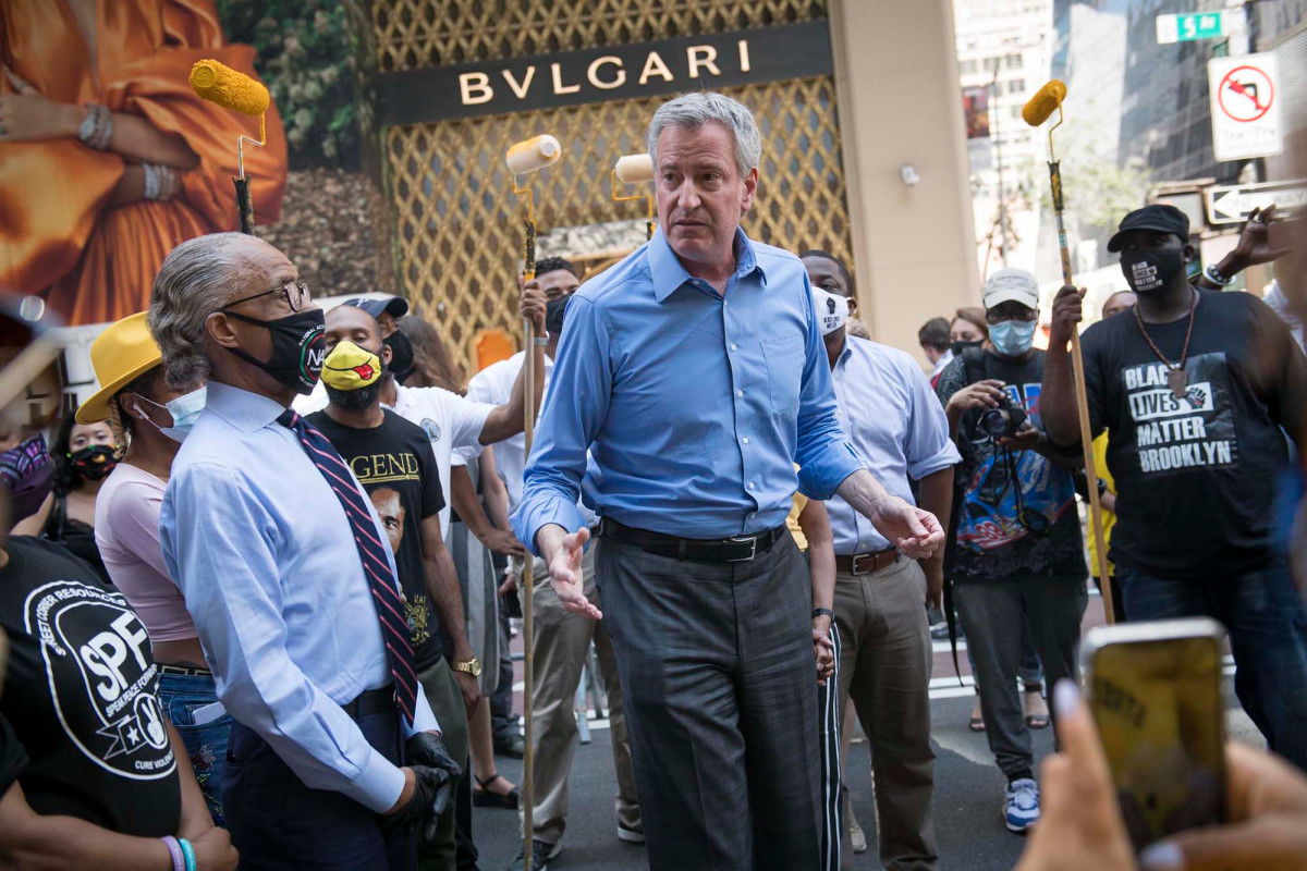 De Blasio privileges Black Lives Matter protests in defiance of the law