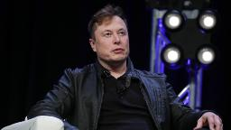 Elon Musk just turned richer than Warren Buffett - SwordsToday.ie