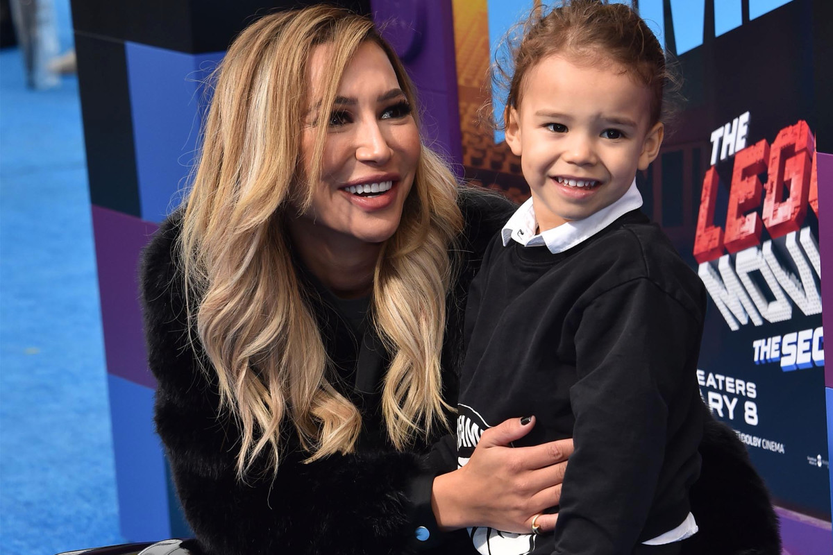 Naya Rivera's son was wearing a life jacket — but she wasn't