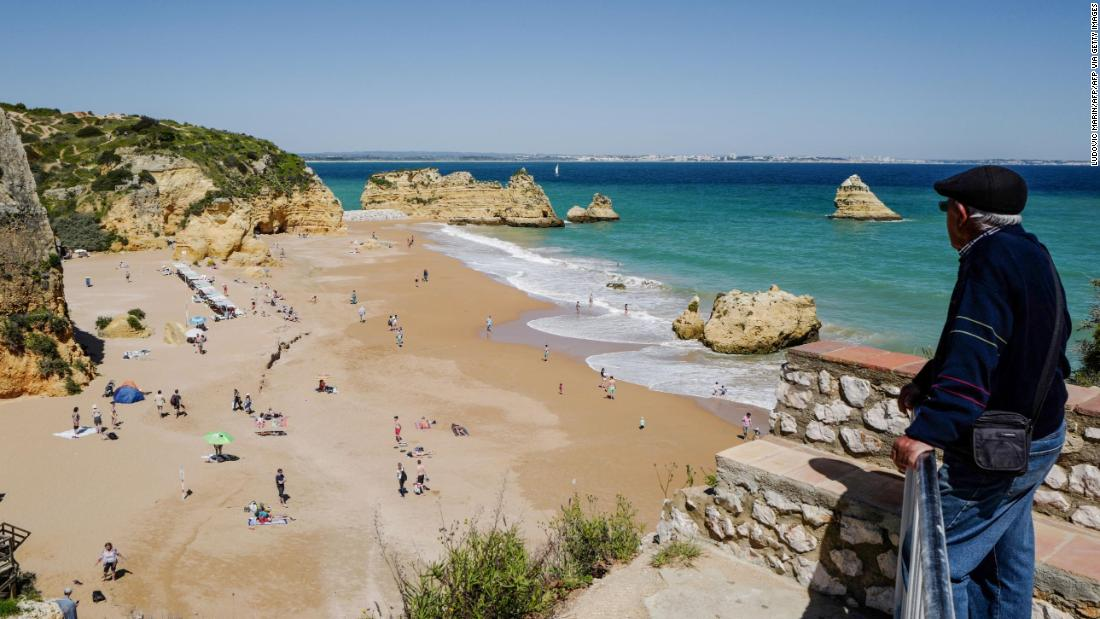 Portugal slams UK decision to leave it off quarantine list as 'absurd'