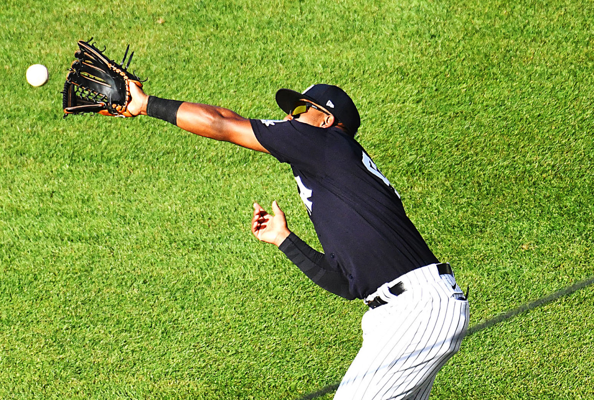 What Yankees' Miguel Andujar is doing to improve his defense