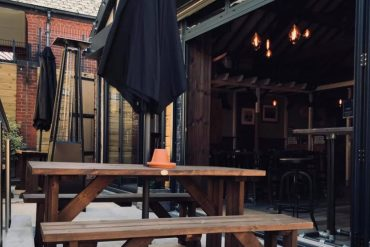 Pub owner's brutal reply to 'entitled little toddler's' negative review