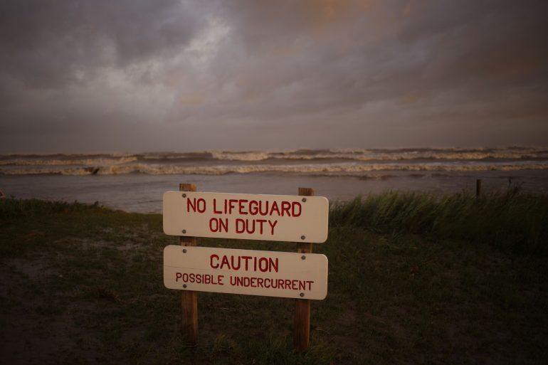 Live updates: Hurricane Laura strikes Louisiana as Category 4 storm, battering Lake Charles