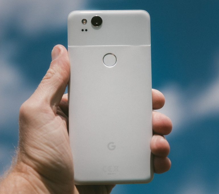 Google Has Confirmed That Android 11 Will Force Third-Party Apps To Use Built-In Camera Due To Privacy Fears / Digital Information World
