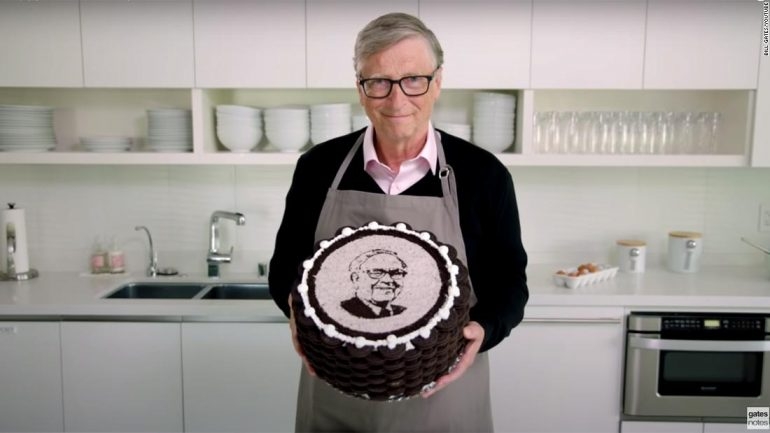 Bill Gates offered a hilarious gift to Warren Buffett on his 90th birthday