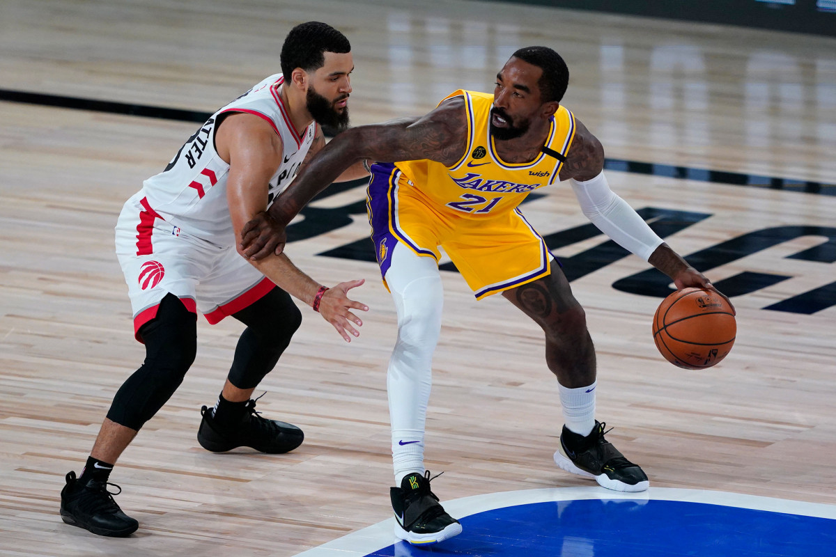 Lakers' bubble troubles 'starting to get concerning'