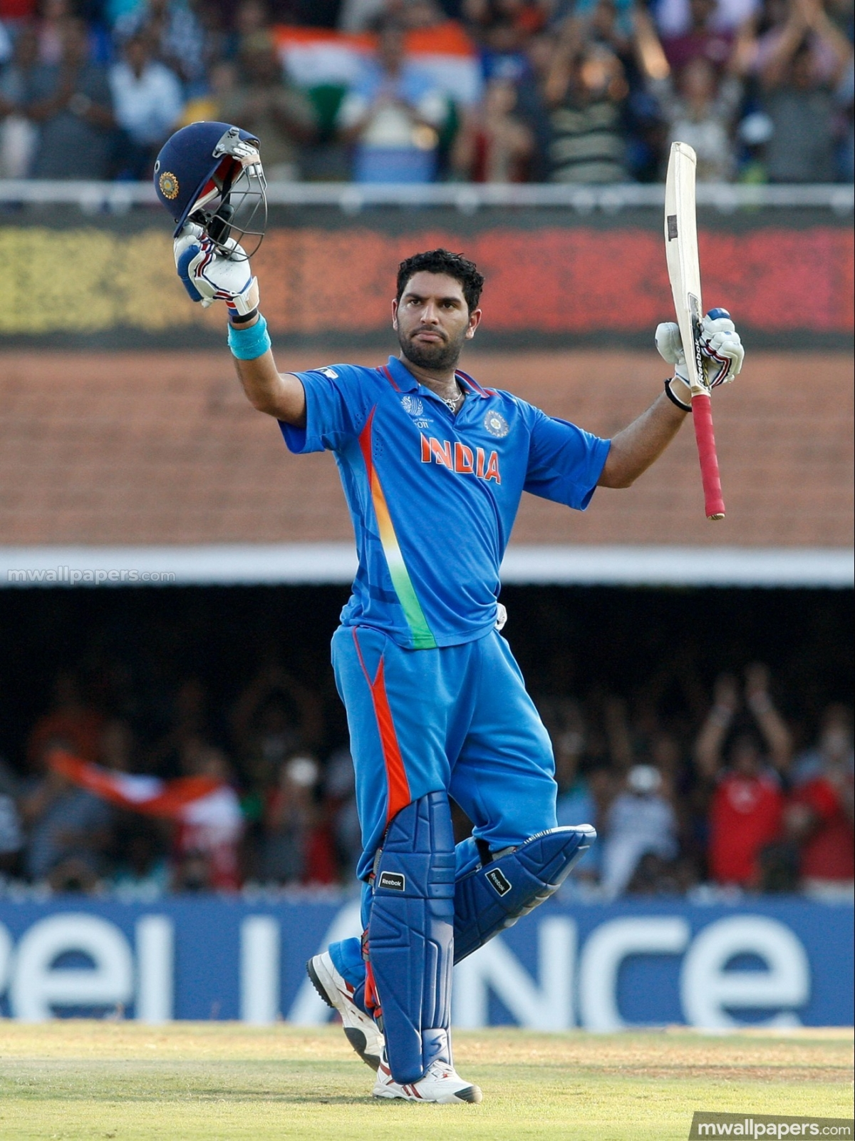 Yuvraj pays tribute to