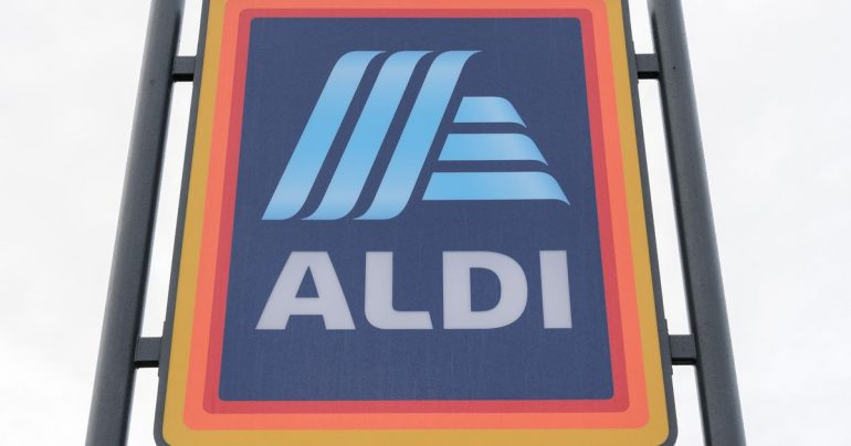 Shopping Ireland: Aldi shopper's sneaky tip to slow down stores' speedy checkout staff