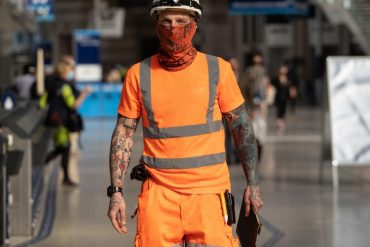 Some neck gaiters may be worse than not wearing a mask at all, study shows