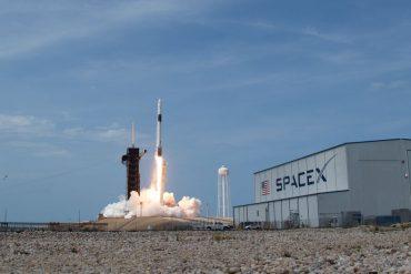 SpaceX raises $1.9 billion in latest funding round: report