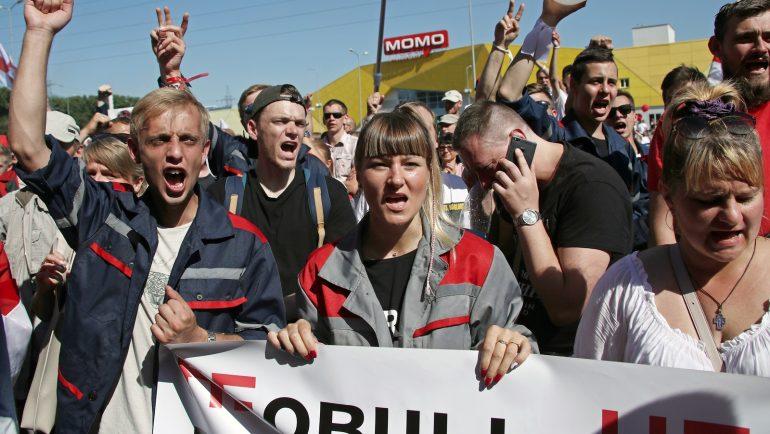 Tsikhanovskaya says she is ready to lead Belarus