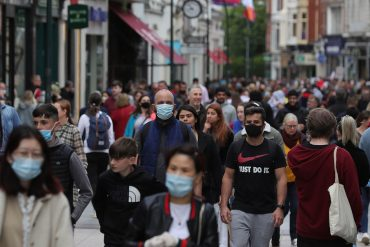 Kovid-19 Ireland: Leading doctor warns of inevitable increase in deaths and admits 'concern' in one area