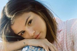 Selena Gomez reveals that she is under pressure to dress provocatively in music videos