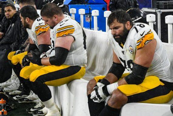 Steelers' leaders unaware that Alejandro Villanueva planned to break ranks in Antoine Rose decision