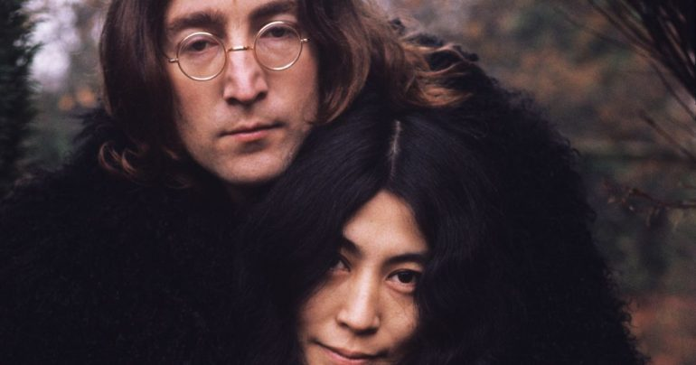 John Lennon's killer Mark Chapman apologizes to Yoko Ono for 'despicable act'
