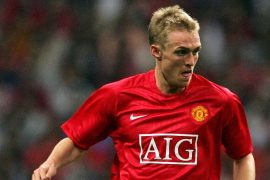 "Darren Fletcher ""Short"" Man Attracts UTD Fans And Announces Transfer"