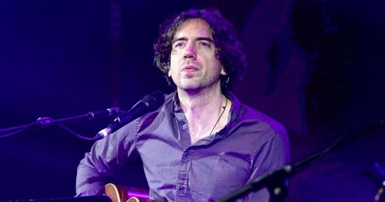 Gary light body of Snow Patrol among guests for late show return