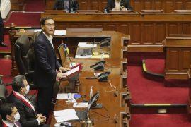 Peruvian President, Martin Viscara, survives the impeachment vote