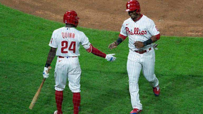 Phillies' offense does it again as Spencer Howard earns first career win