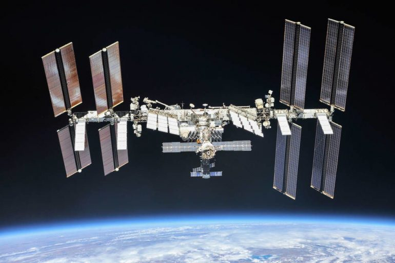 The future of space station commercialization needs new ideas and continued support, the panel finds