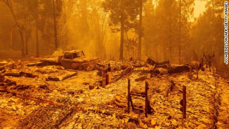 Trump renews climate war on visit to West Coast devastated by fire