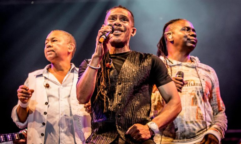 Why Earth, Wind and Fire chose 'September 21st Night'