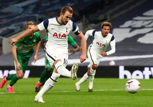 Tottenham's Harry Kane scored his fifth goal from the penalty spot.  Photo: Reuters