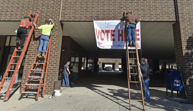 Voting-in-Wilkes-Barre-US-15-October-2020