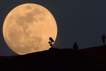 Halloween Full Moon, Blue Moon: What it means