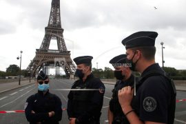 French mob attack police station with firecrackers and metal bars