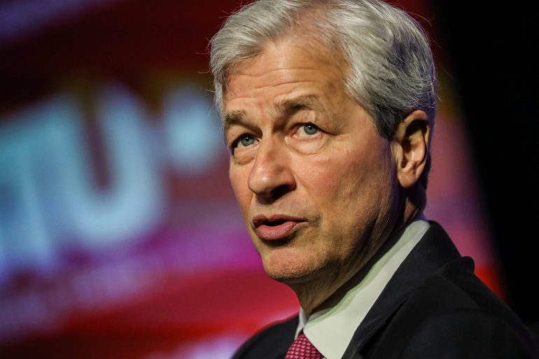 JPMorgan Chase pledges $ 30 billion to bridge US racial divide