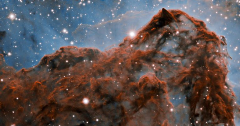 Kareena Nebula's wild buffalo in an unusual picture of the birth of stars