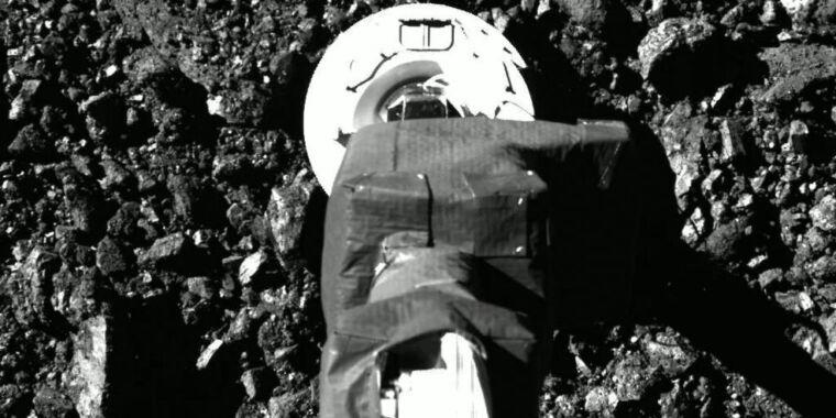 NASA touches an asteroid 320 million kilometers away