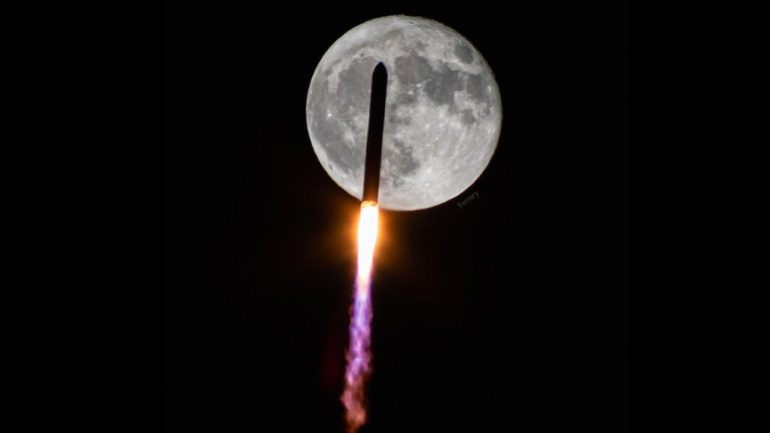 Rocket flying over the moon was captured, in the early decades