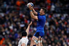 Rugby: Italy beat England