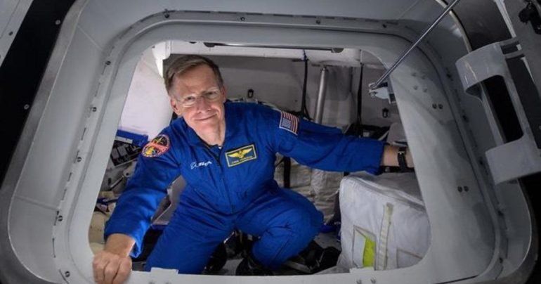 Senior astronaut disembarks from Boeing Commercial Crew Test aircraft