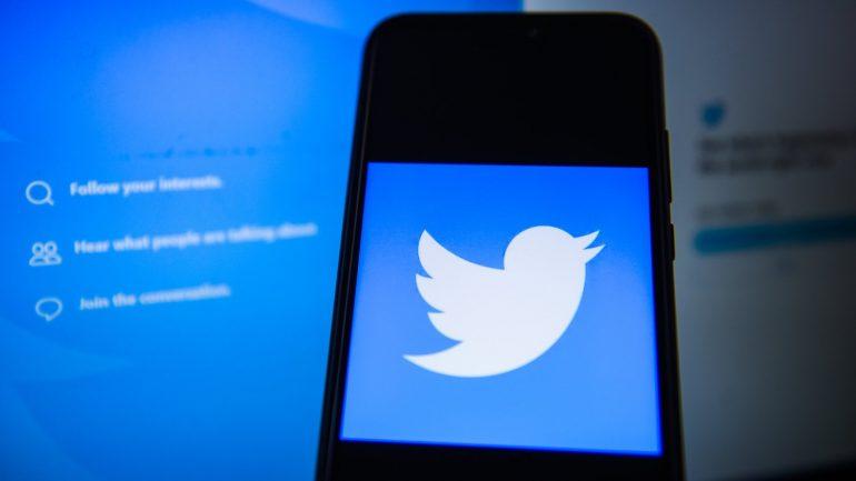 Twitter service re-established after global blockade