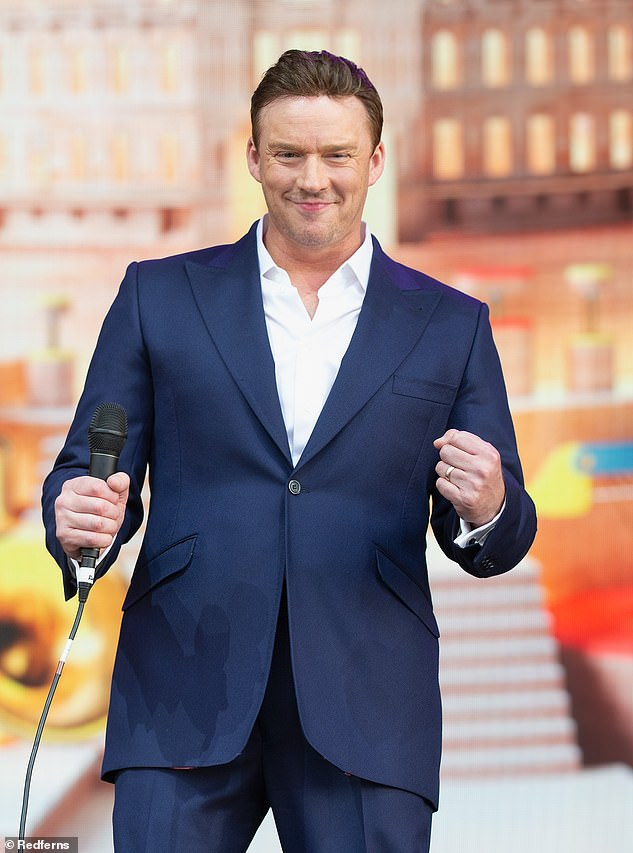 Showman: Opera singer Russell Watson is expected to be 100k, filmed going to a pre-show photoshoot last month