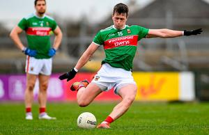 Mayo's Cilian O'Connor gives a kick a genius kick.  Photo: Sports file