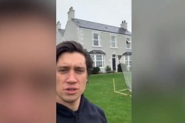 Bolton's Vernon Kay shows isolated 'beautiful' townhouses before I Am A Celebrity
