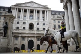 Bank of England maintains rates as new corona virus lockdowns begin