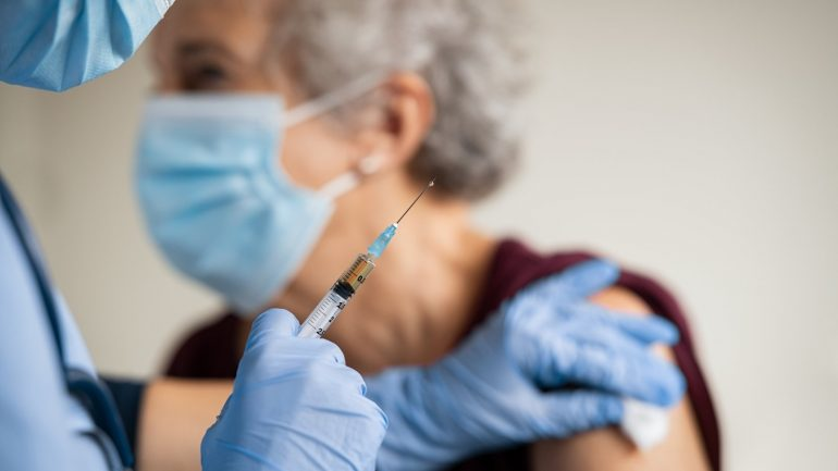 Harris requests cross-party support for the Kovid-19 vaccine