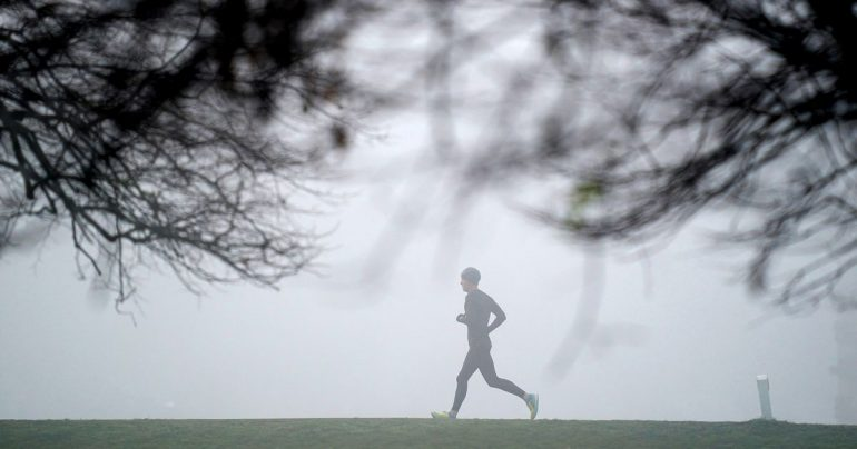 Ireland weather forecast update as Met Iran issues 23 county fog warning