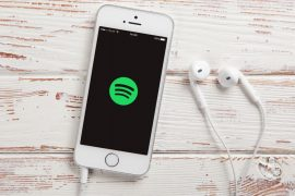 Spotify is considering a subscription package for podcasts